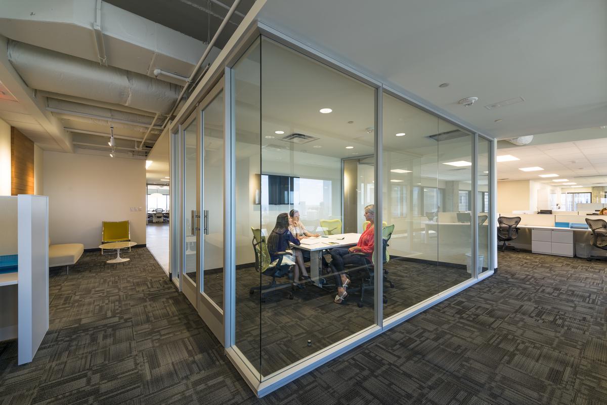 Savoya Interiors for Omniplan