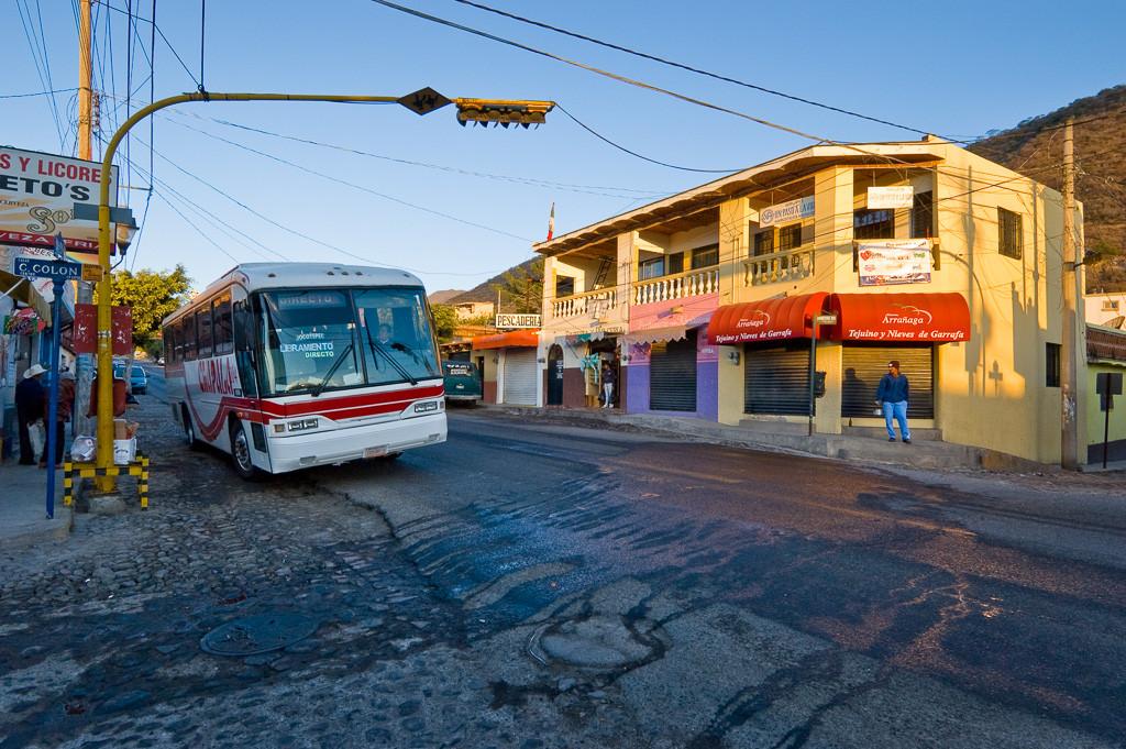Bus stop, Ajijic