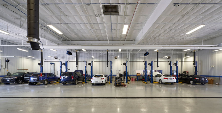 Fenton Honda, Ardmore, OK - photographed for BWA  Architects